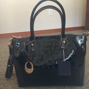 Arcadia patent leather purse